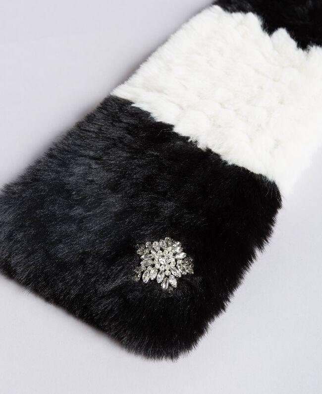 Écharpe en fausse fourrure rayée Bicolore Blanc Nacre / Noir Femme VA8P3E-01
