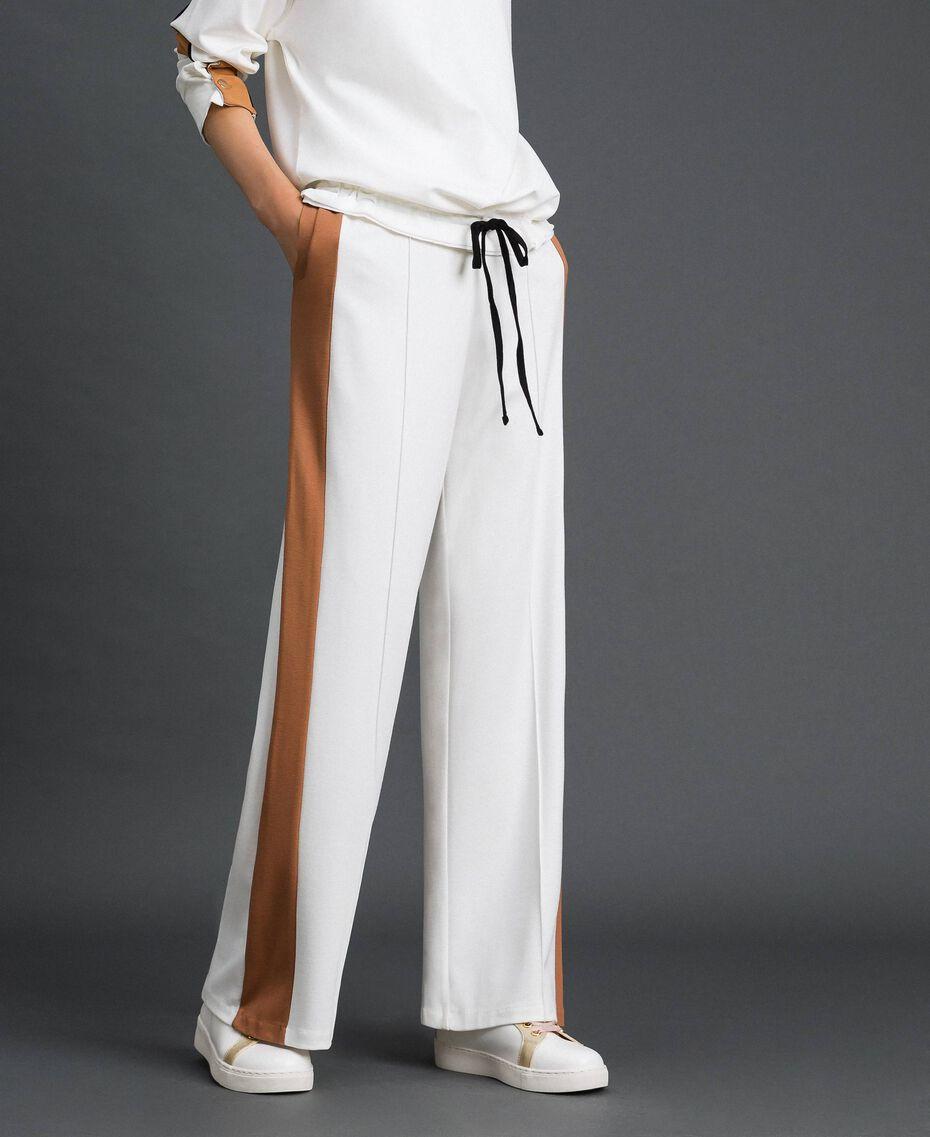 Pantalon palazzo avec bandes contrastées Ivoire / Beige «Camel Skin» Femme 192LI2HCC-02