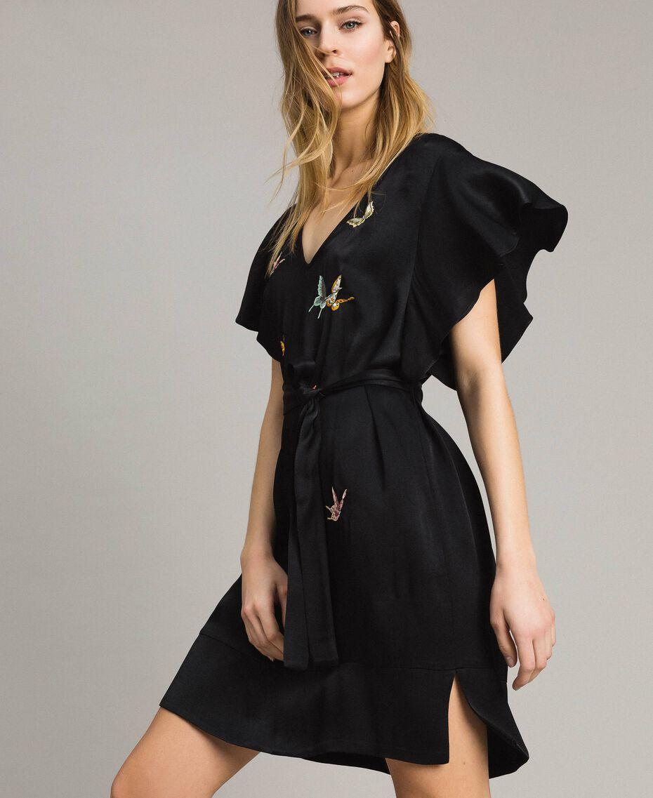 Robe en satin avec broderie papillons Noir Femme 191TT2114-02