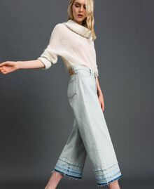 Wide leg jeans with frayed hem Light Denim Woman 192TT2460-02
