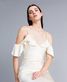 Robe longue en envers satin avec ruches Blanc Neige Femme TA8243-01