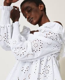Muslin blouse with broderie anglaise embroidery White Woman 211TT2592-04