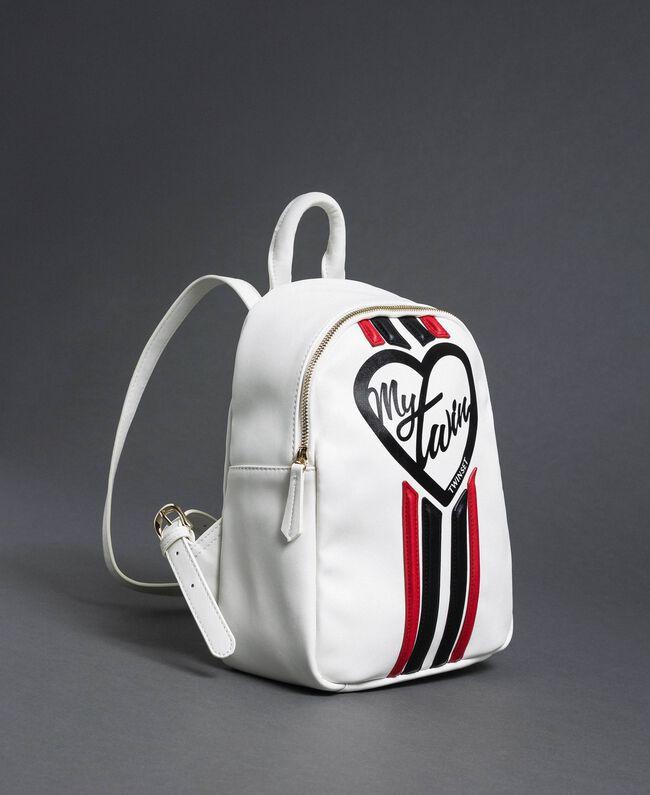 Sac à dos en similicuir avec bandes et logo Blanc «Vanille» / Rouge «Coquelicot» Femme 192MO8051-01