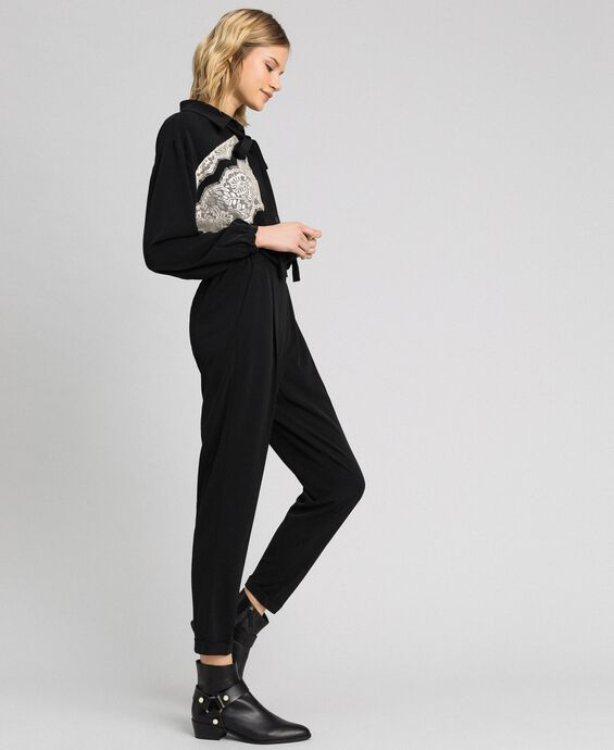 Lace jumpsuit with removable collar