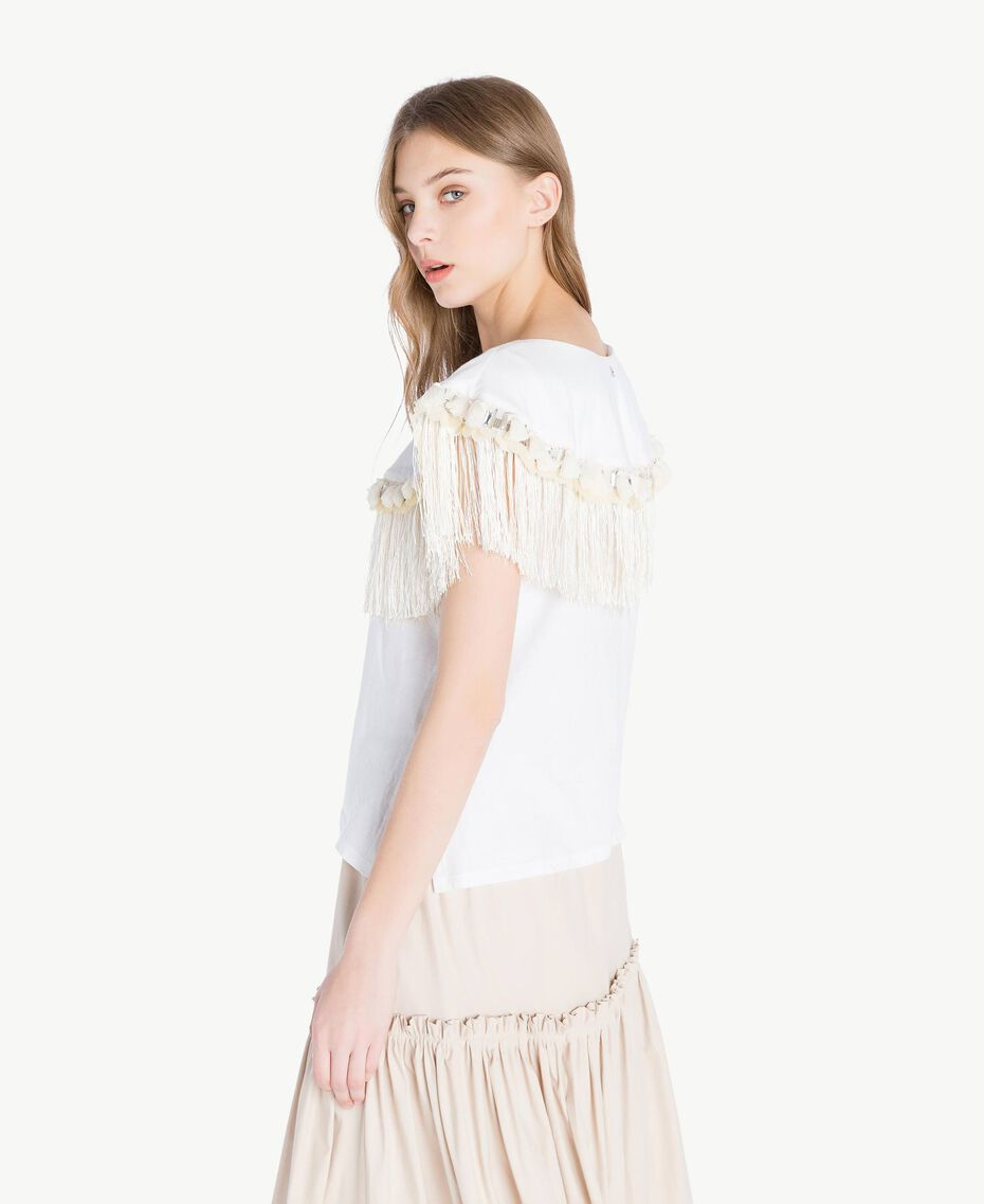 Embroidered T-shirt White Woman TS829P-03