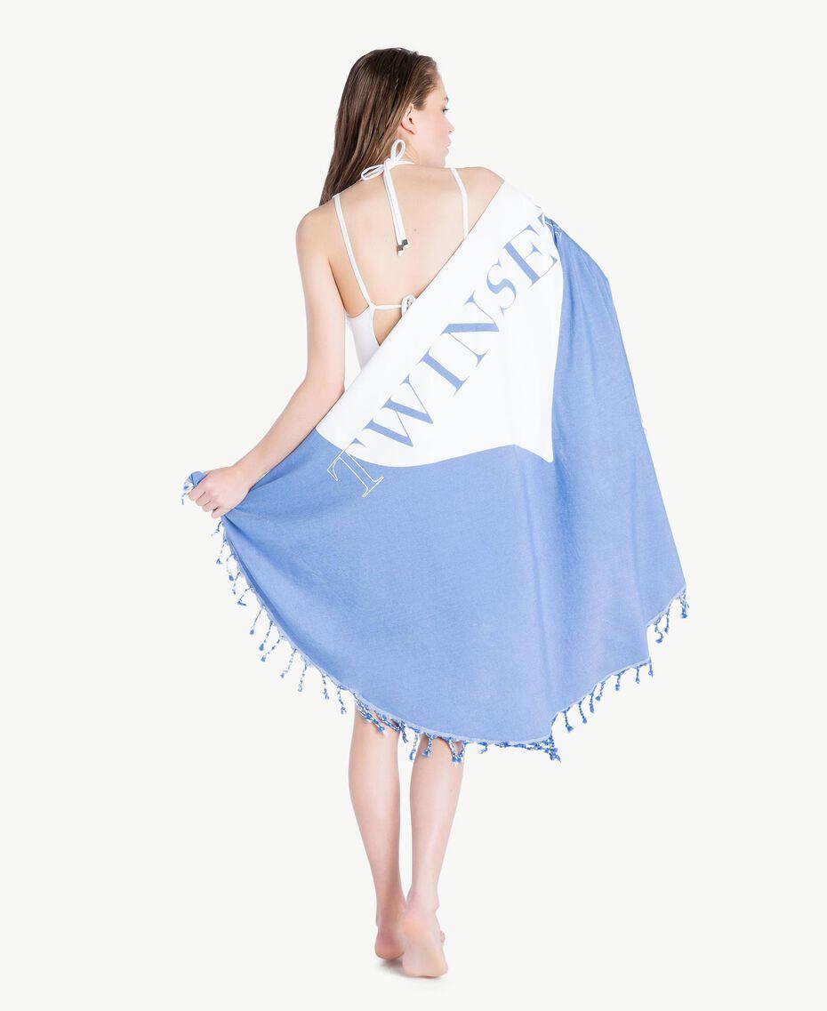 Strandtuch mit Fransen Zweifarbig Lagunenblau / Optisches Weiß Frau MS8ZGG-05