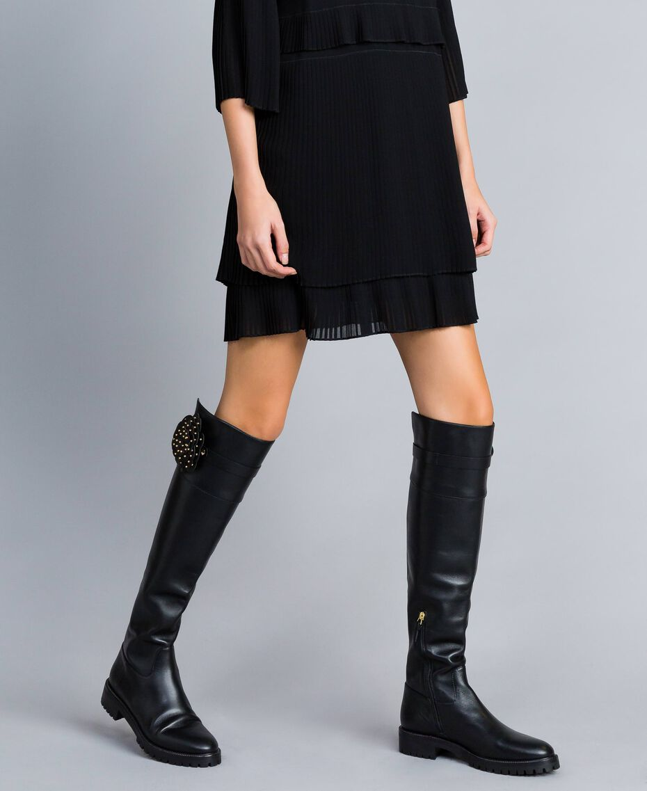 Leather over-the-knee boots with flower Black Woman CA8PNC-0S