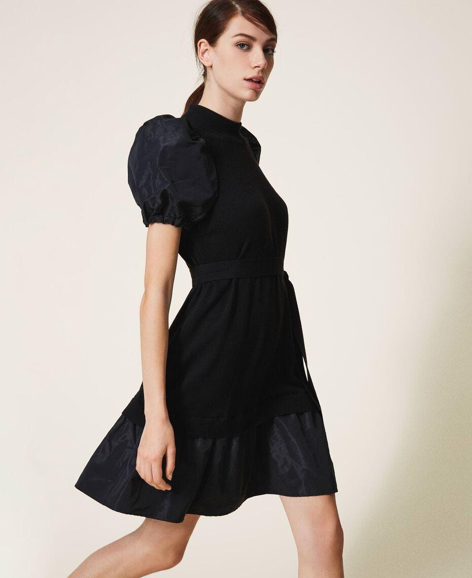 Kleid aus Wollmischung und Taft Schwarz Frau 202TP3251-01