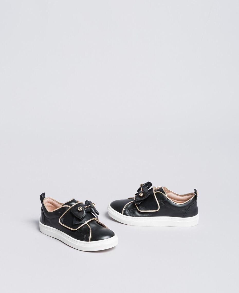 Sneakers in pelle con perle Nero Bambina HA88AE-02