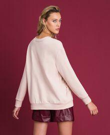 Sweatshirt mit Glassteinen und Federn Blütenknospenrosa Frau 192TT2131-03