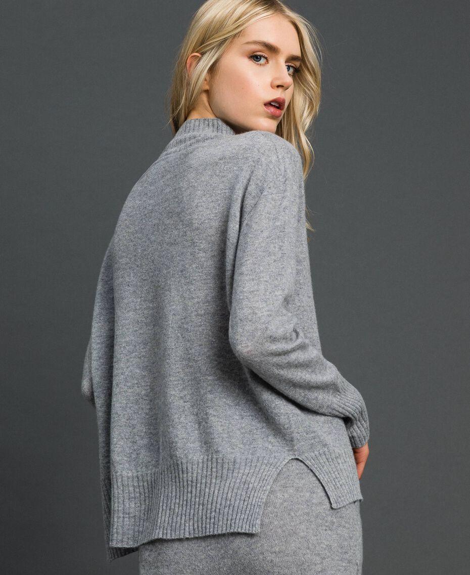 Pullover aus Wolle und Kaschmir Grau Melange Frau 192TT3025-03