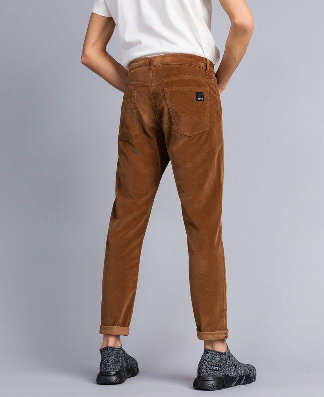 Hose aus Samt Toffee Beige Mann UA82CA-03