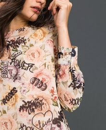 Dress with floral and graffiti print Vanilla Flower Graffiti Print Woman 192MP222K-04