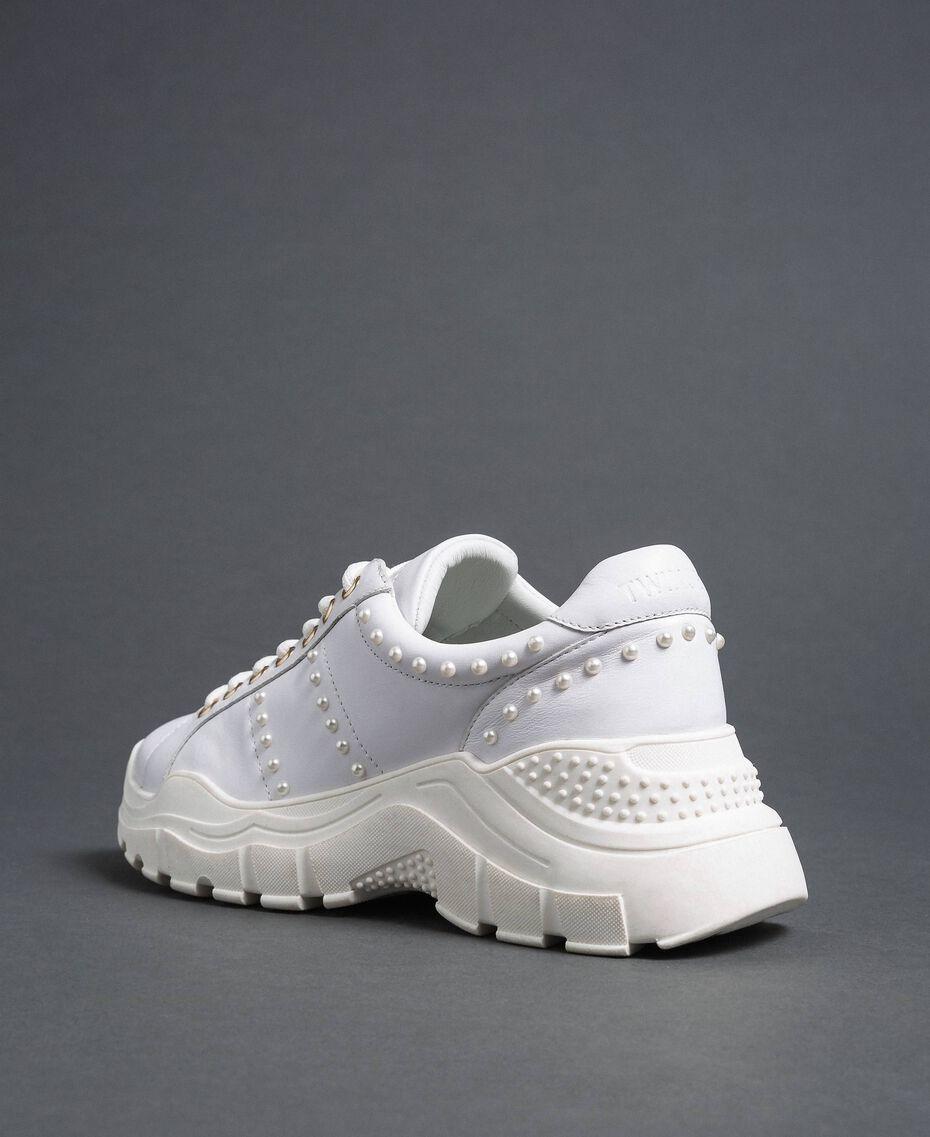 Scarpe running in pelle laminata con perle Bianco Donna 192TCP066-02