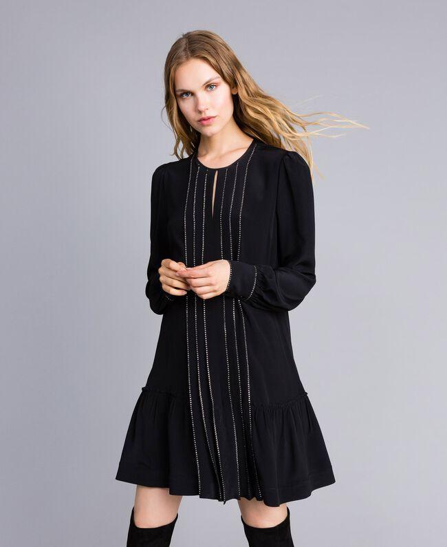 Kurzes Kleid aus Seidenmischung mit Strass Schwarz Frau TA8234-01