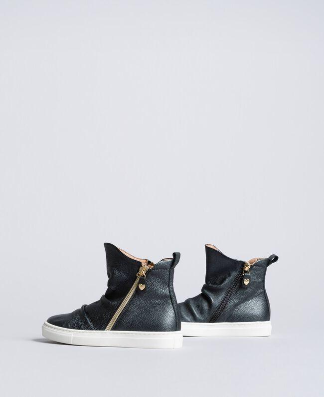 Baskets modèle bottines en cuir Noir Enfant HA88B1-04