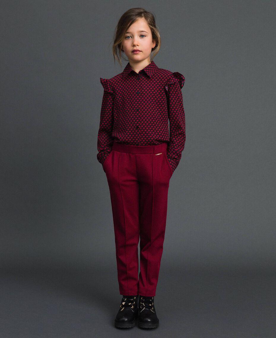 Slim-Fit-Hose mit elastischem Taillenbund Ruby Wine Rot Kind 192GJ2250-02