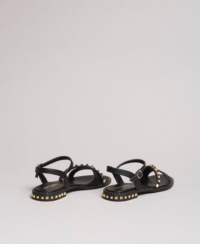 Kunstleder-Sandalen mit Nieten Schwarz Frau 191MCP192-04