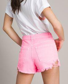 Short en coton aux détails déchirés Rose Fluo Femme 191MT2191-03