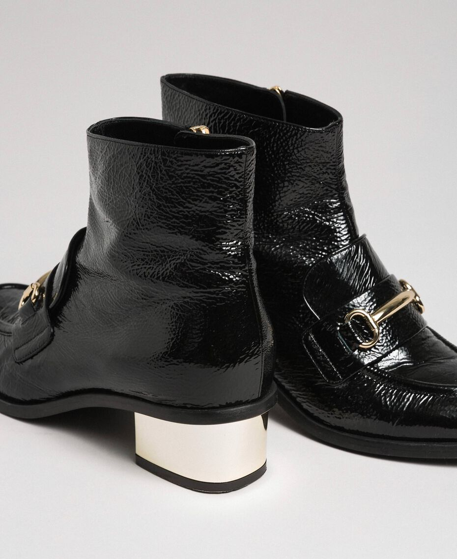 Patent leather ankle boots Black Woman 192TCP122-03