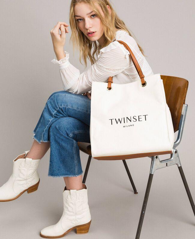Mittelgroßer Shopper aus Canvas mit Logo Weiß Schnee Frau 191TA7610-0S