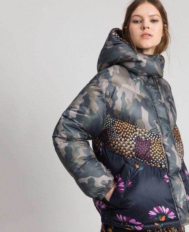 Doudoune courte avec imprimé camouflage et floral Imprimé Camouflage / Fleurs Femme 192TT2180-03