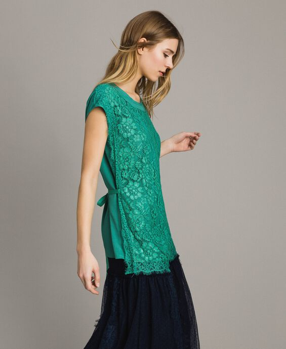 Maxi t-shirt with lace and belt
