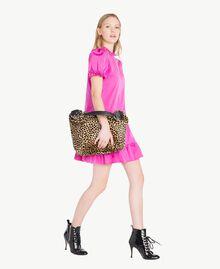 Kleid aus technischem Gewebe Pink Frau PS82J2-05