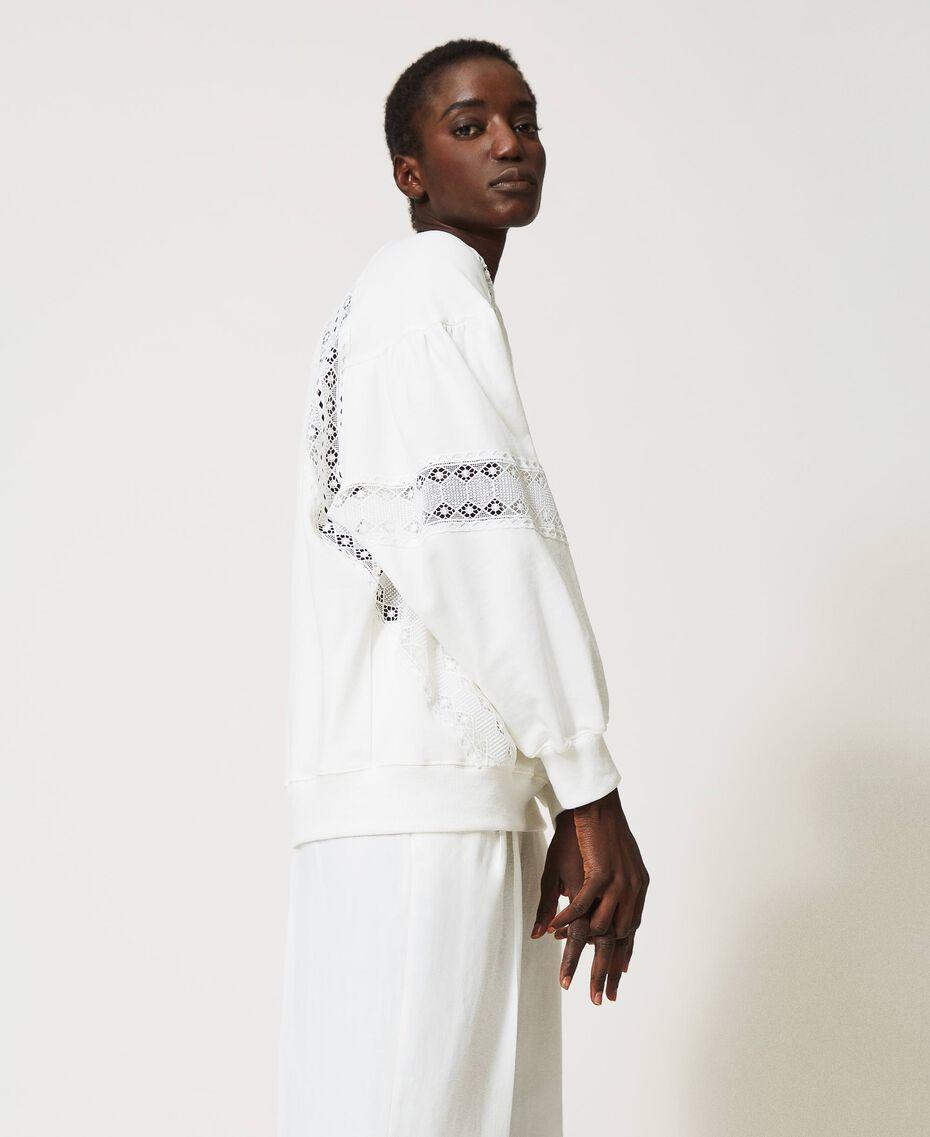 Sweatshirt mit Spitzenintarsien Sahne Frau 211TT2280-02