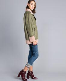 "Faux shearling jacket Bicolour Alpine Green / ""Nude"" Pink Woman JA82G1-02"