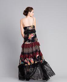 Robe longue en crêpe georgette avec imprimé floral Imprimé Fleur Patch Femme PA82PB-03