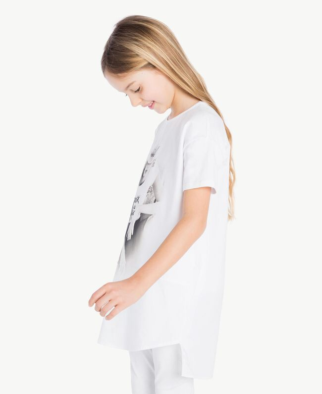 "Printed maxi T-shirt ""Papers"" White Child GS821N-05"