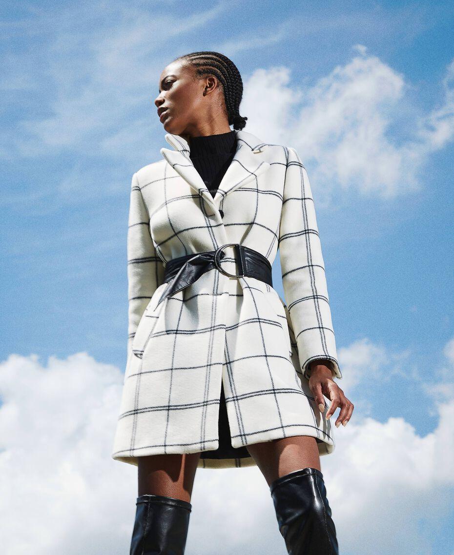 Пальто из жаккардового сукна Большая Клетка Двухцветный Черный Белый / Черный женщина 202TP224A-01