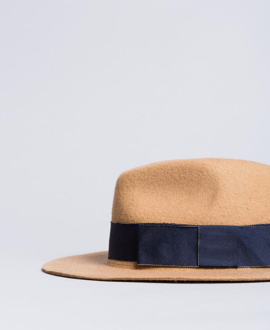 Chapeau avec ruban en contraste Bicolore Beige Cookie / Bleu Nuit Femme OA8T91-01