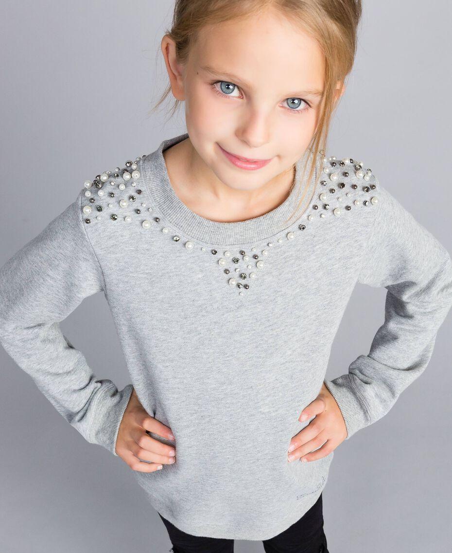 Sweatshirt aus Baumwolle mit Zierperlen und Strass Hellgrau-Mélange Kind GA82V1-0S