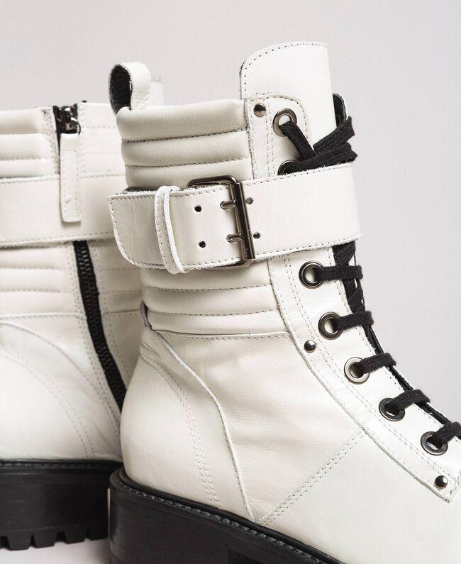 Schnürstiefel aus Leder mit Knöchelriemen Weiß Schnee Frau 191TCP230-03