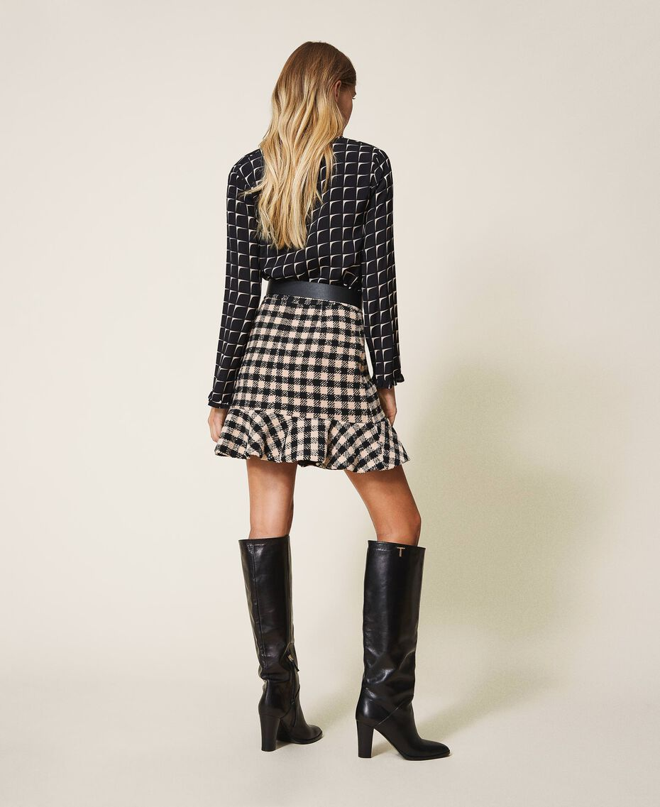 Chequered bouclé mini skirt with flounce Two-tone Black / Nude Woman 202ST2153-03