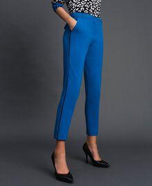 Pantalon cigarette avec bandes en velours Bleu Japonais Femme 192MP2173-01