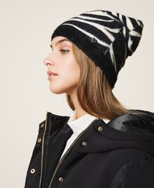 Animal print beanie Black / Cream White Zebra Print Woman 202MA4332-0S