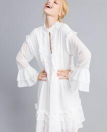 Kleid aus Fil Coupé Perlmutt Frau SA82GA-03