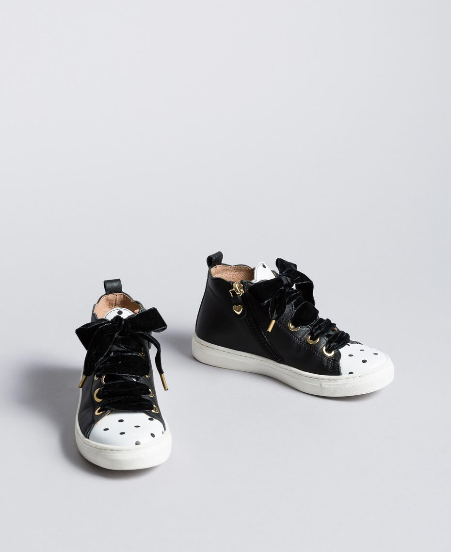 Leather scalloped sneakers Black Child HA88CC-02