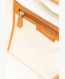 TWINSET Rucksack aus Canvas Zweifarbig Dünenbeige / Leder Frau OS8TAG-04