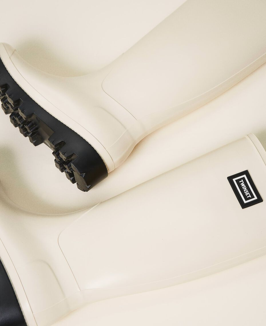 Rain boots with logo Creamy White Woman 202TCP210-02