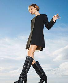 Stiefel aus Leder mit Rautendessin Zweifarbige Rauten Schwarz / Schwarz Frau 202TCT150-0S