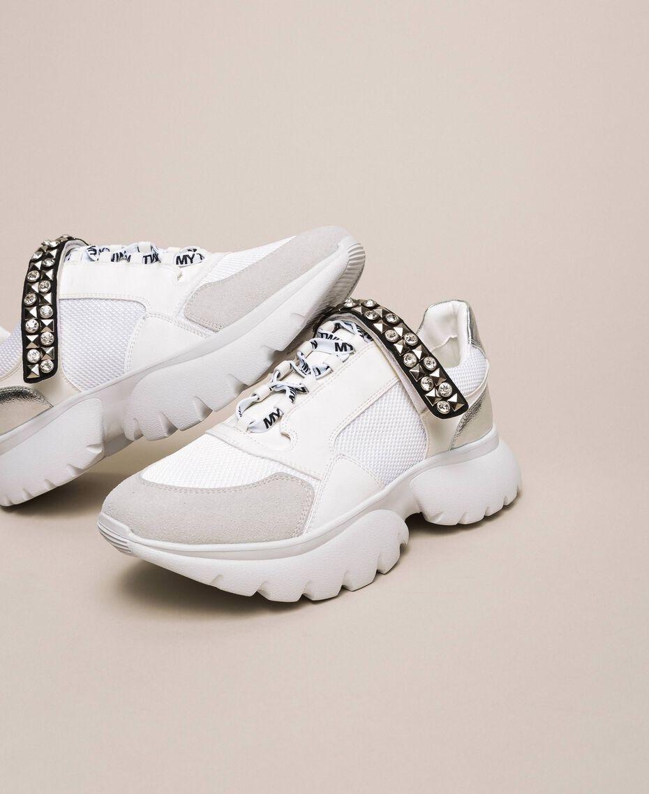 Chaussures de running avec détail bijou Blanc Vanille Femme 201MCP092-03