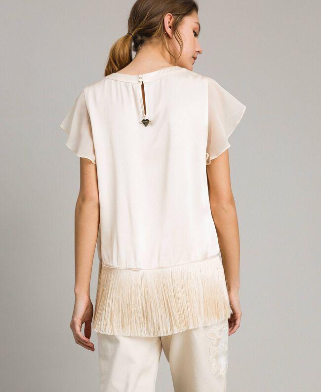 """Satin-T-Shirt mit Fransen """"Milkway"""" Beige Frau 191LM2BBB-04"""