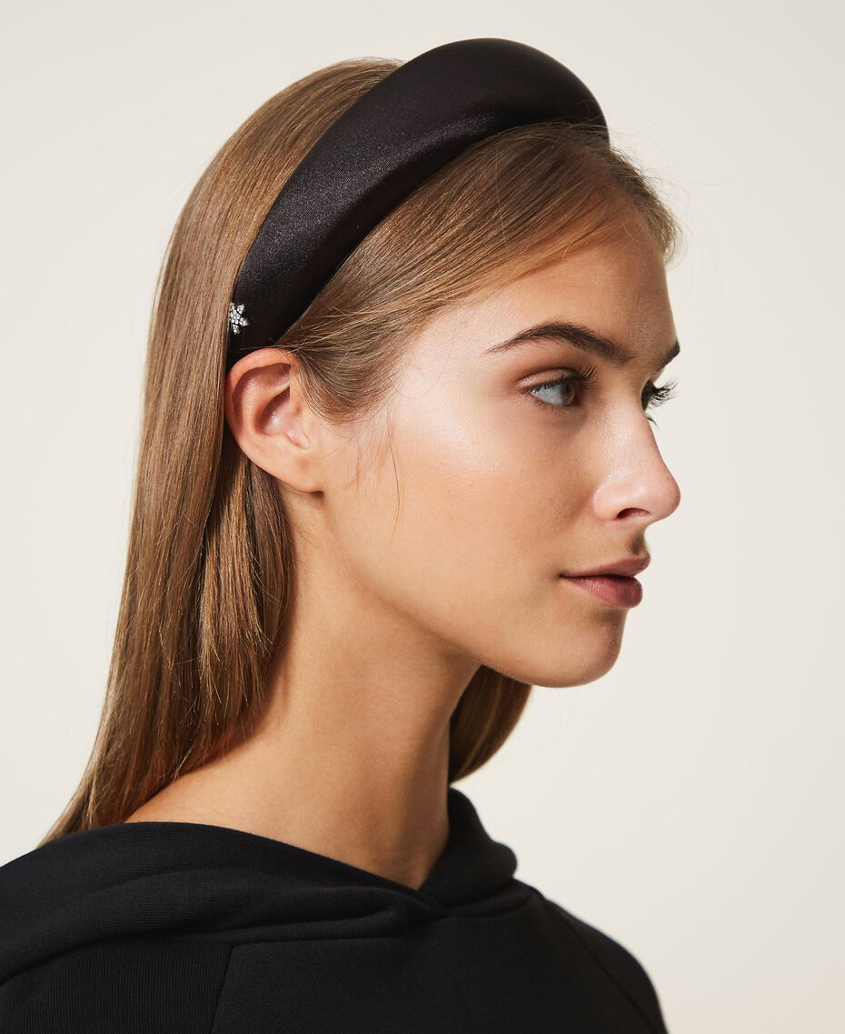 Satin headband with rhinestone charm Black Woman 202TA430F-0S