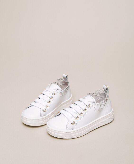 Sneakers in nappa con ricamo