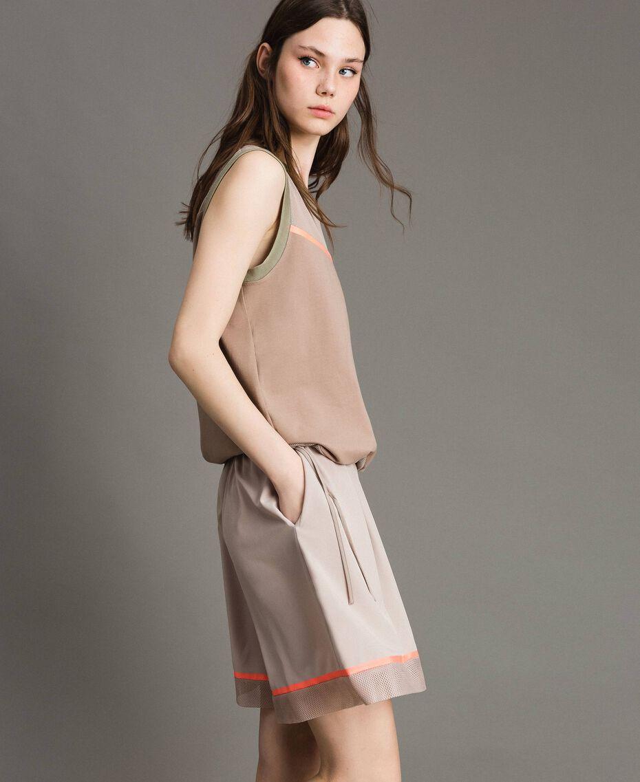"""Shorts in popeline con inserti in rete Grigio """"Grey Dust"""" Donna 191LL23SS-01"""