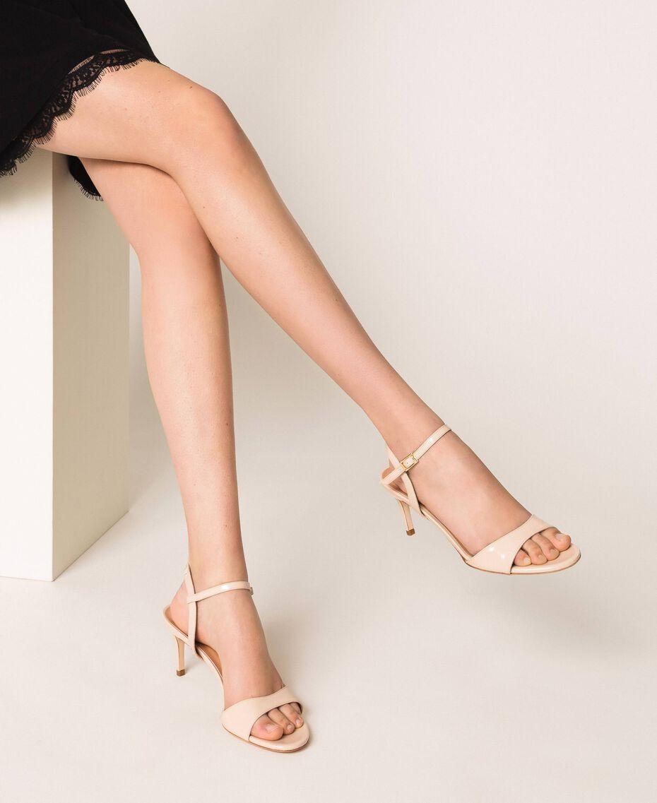 Sandalette aus Leder Blütenknospenrosa Frau 999TCT012-0S